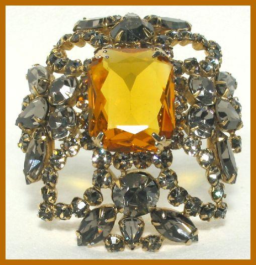 Schreiner Jewelry At The Glitter Box