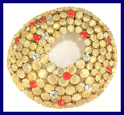Maryse Blanchard brooch :  brooches gold jewelry
